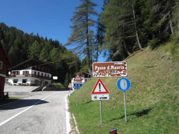 Passo Mauria - einer der schönsten Kurven Norditaliens